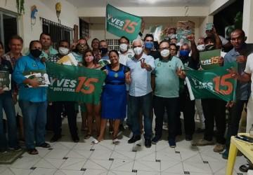 Sérgio Leite reúne aliados para apoio a Yves em Paulista