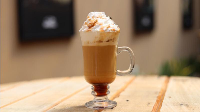 A marca, que é referência nacional em cafeterias e cookies, aposta em bebidas personalizadas para a nova estação
