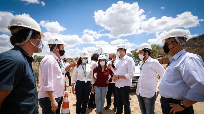 Governador também vistoriou obras de abastecimento e saneamento em Belo Jardim