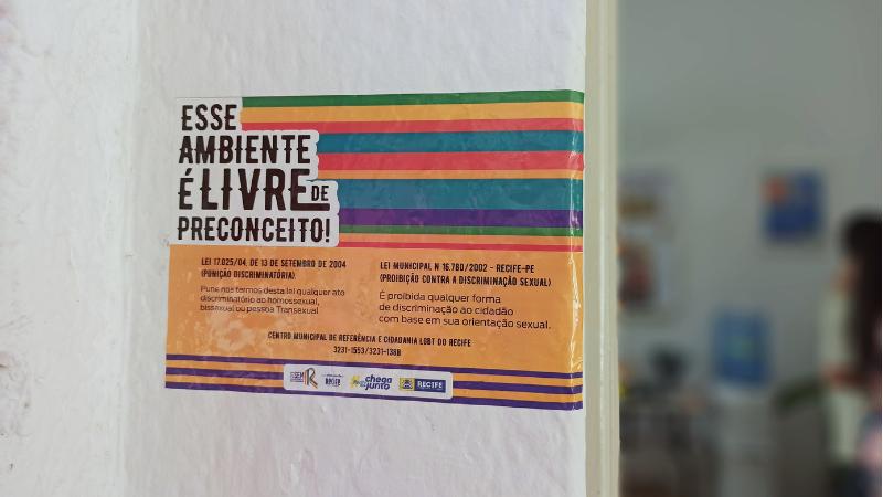 A iniciativa também visa promover visibilidade ao Dia Internacional da Luta contra a Homofobia e envolve ações educativas e cursos de qualificação, entre outras ações.