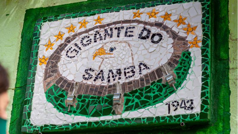 Sinalizações apontam sedes de agremiações carnavalescas localizadas no Recife
