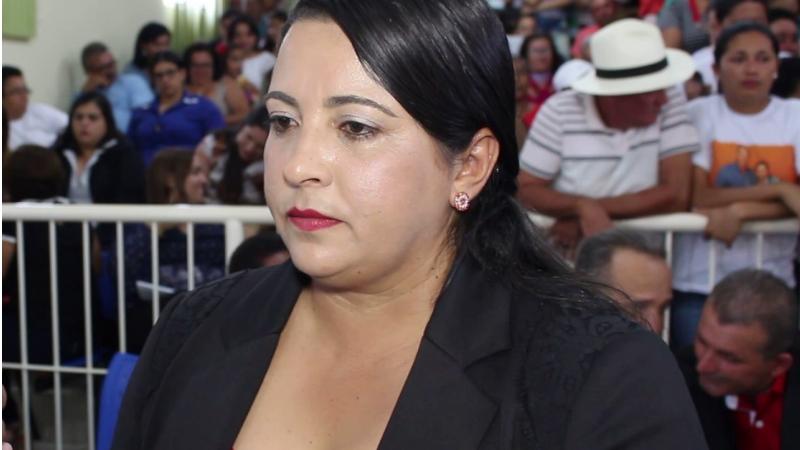 O documento destaca que Reyna Carla não eliminou as irregularidades relativas à extrapolação do limite de gastos com pessoal