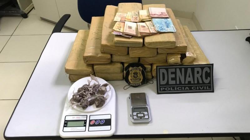 Suspeito de 19 anos comercializava maconha e crack na residência