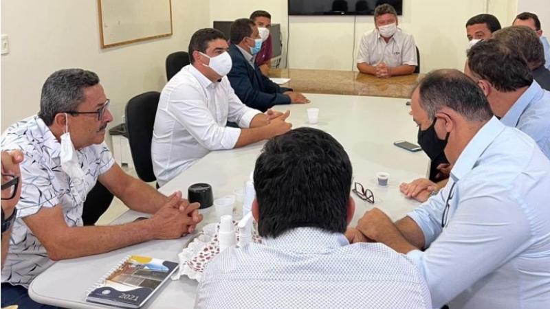 O Presidente estadual do PSB, Sileno Guedes, recebeu a chapa de oposição e declarou seu apoio no pleito que vai decidir o comando da União dos Vereadores de Pernambuco