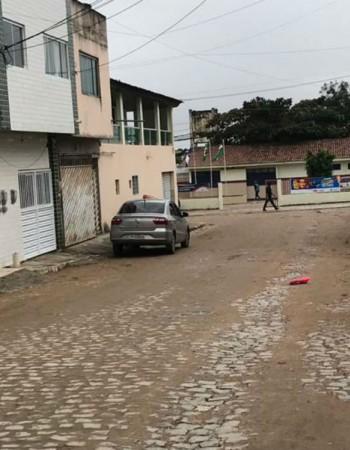 Motorista de aplicativo morre após troca de tiros em Caruaru