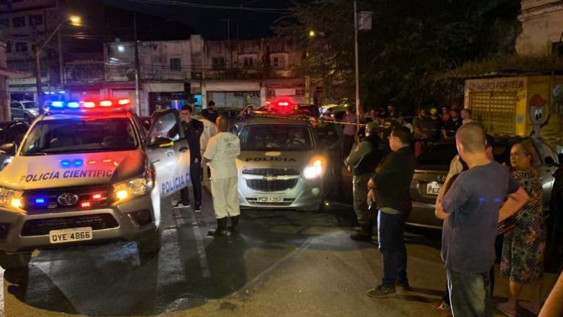 Ele começou a atirar desde a Rua Amapá , quando o comerciante saiu de carro de sua gráfica que ficava no mesmo bairro