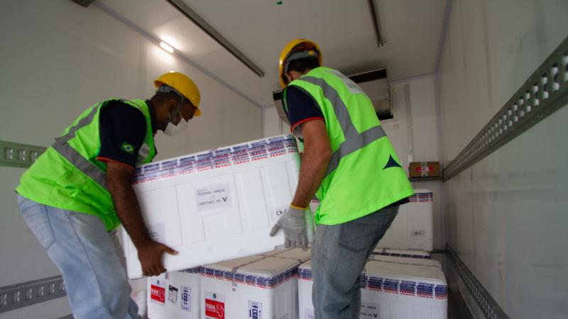 Novo lote, com mais de 226 mil vacinas, será utilizado para administração da segunda dose em idosos e trabalhadores da saúde