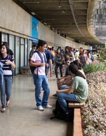 TRF1 mantém bloqueio de verbas de universidades