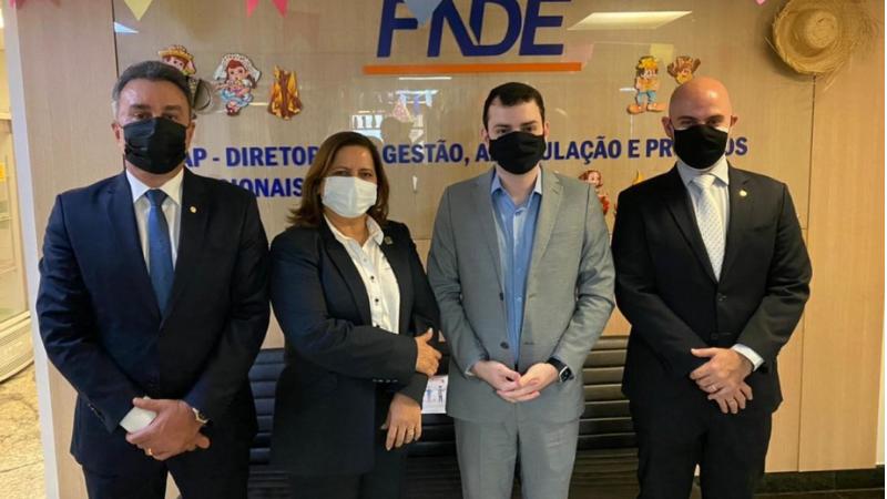 As agendas oficiais começaram na terça-feira (15) no Ministério do Turismo, onde a comitiva foi recebida pelo ministro Gilson Machado, e pelo presidente da Embratur