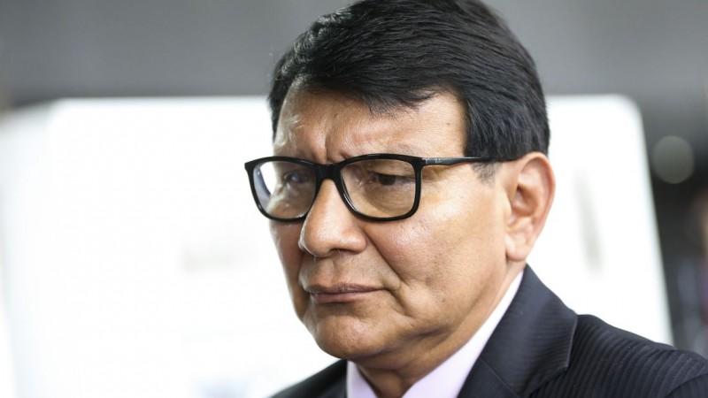 Antes de presidir a Fundação, Ribeiro de Freitas coordenou, em Roraima, uma ação que visava a retirada de garimpeiros da Terra Indígena Yanomami, em 2010 e 2012