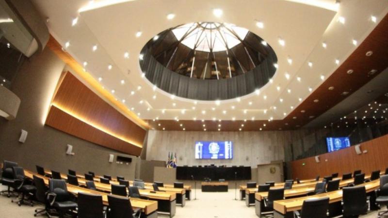 Os trabalhos legislativos serão reiniciados nesta segunda-feira (1º) em sessão remota prevista para as 14h30, com transmissão AO VIVO pela TV Alepe (canal 10.2).
