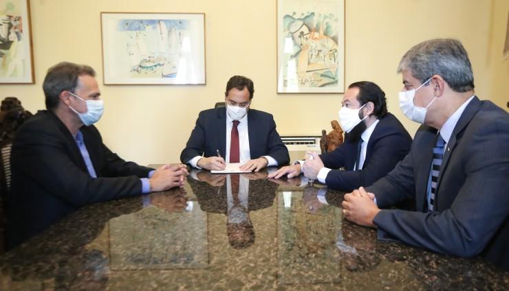 Paulo Câmara autoriza novas convocações para a segurança pública
